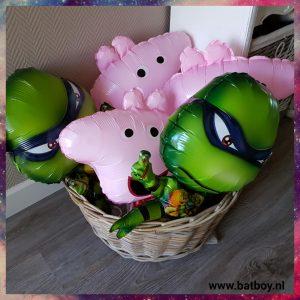 Ballon, feestje, batboy, peppa, turtles , verjaardag voorbereiden, verjaardagstaart van Toy Story
