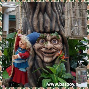 tuincentrum oosterik, denekamp, sprookjesboom, batboy, enge boom, praten