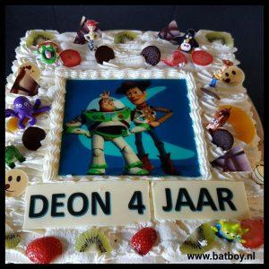 Toy Story, taart, feest, batboy, verjaardag voorbereiden , verjaardagstaart van toy story