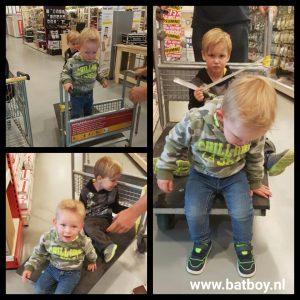 batboy, mamablog, winkelen met kinderen