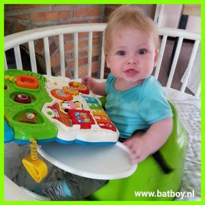bumbo babysitter,