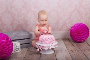 cake smash, fotoshoot, eerste verjaardag, foto's, taart, batboy, organiseren, maudivo