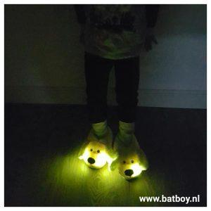 spaanse sloffen, pantoffels, lichtgevende pantoffels, kinder pantoffels, honden pantoffels, batboy, warme voeten, dieren pantoffels