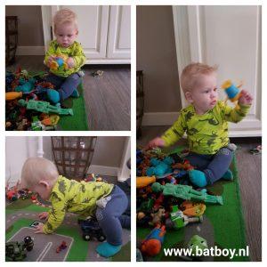 baby, ontwikkeling, 8 maand, zitten, kinderen, batboy, mamablog