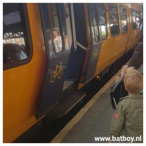 trein, reizen, ns, station, blogger, batboy, mamablog, hengelo, enschede
