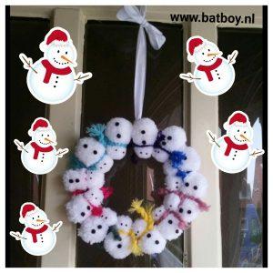 sneeuwpop, krans, kerst, kerstkrans, pompom, wol, vilt, batboy