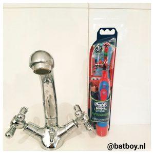 tandenpoetsen, tanden, poetsen, kinderen, tandenborstel, elektrisch, leuk, elektrische tandenborstel, melkgebit, batboy, oral b