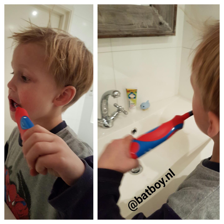 tanden poetsen, tanden, batboy, poetsen, melkgebit, elektrische tandenborstel, oral b stages power