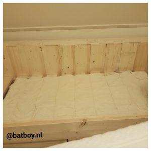 matras, batboy, steigerhout, bed, slapen, een matras kopen voor je kindje