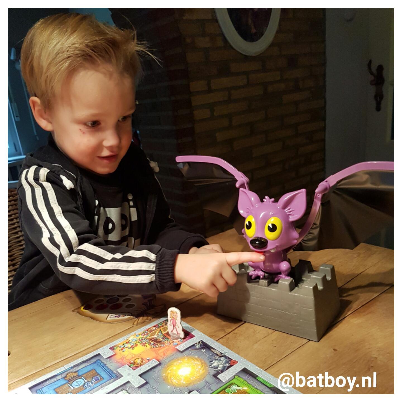 flo fladder muis, vleermuis, batboy, ravensburger, kinderen, spelletje spelen