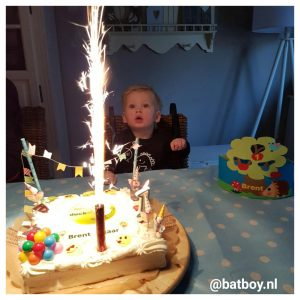 verjaardag, 1 jaar, feest, batboy, cadeautjes