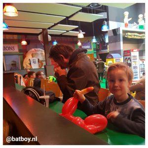 legoland, lego, legoland discovery centre, oberhausen, batboy, batman, restaurant, donut, waterijsje, lolly, wafel. hotdog