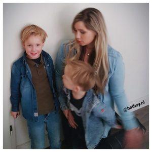 kleding matchen, spijkerlook, overhemd, blouse, kleding, fashion, moeder, zoon, moeder en zoon, kleding