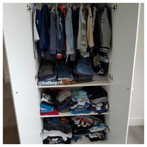 kledingkast nr 2, kledingkast, jongenskleding, jongenskleren, zomerkleding, winterkleding
