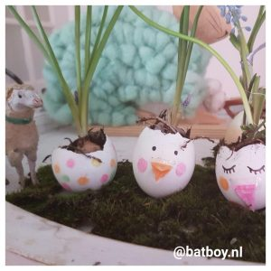 paasbakje, eieren, diy, wascokrijt, paasbakje