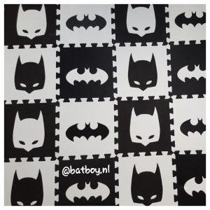 puzzel speelmat, speelkleed, foam, kwaliteit, zwart wit speelmat, aliexpress, zwart/wit speelmat, batboy,zwart/wit, speelkleed, vloerkleed, batman, batboy, kindren, spelen, aliexpress