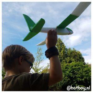 batboy, flyteam, vliegtuigen