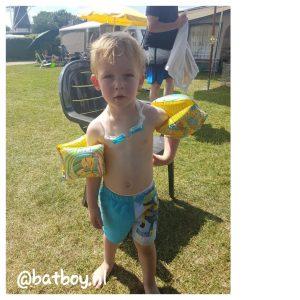 batboy, zwemmen, camping de molenhof