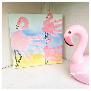 flamingo, handafdruk, schilderij, kinderhandjes, opa en oma, zelfgemaakte cadeautjes