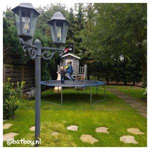trampoline voor de kinderen, mamablog, jongens