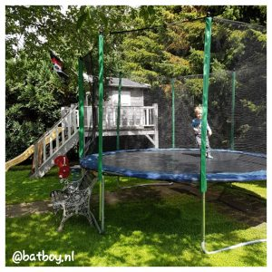 trampoline voor de kinderen, batboy, mamablog, batboy