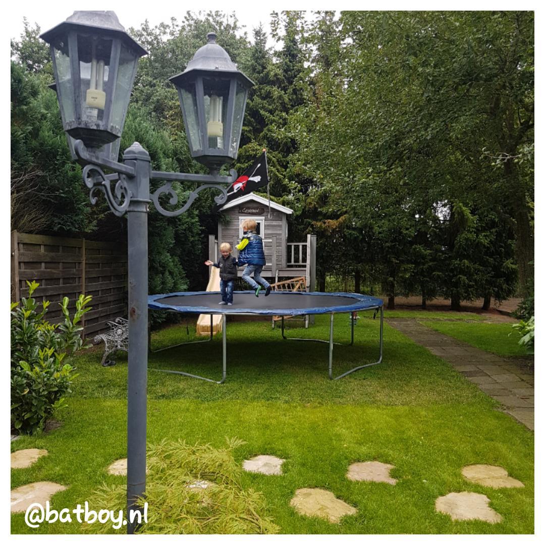 trampoline voor kinderen, mamablog, jongens