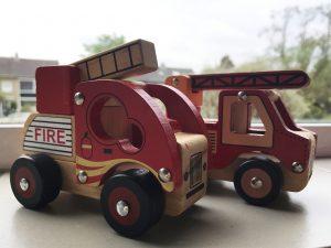 mamablog, batboy, een kijkje in de slaapkamer van een brandweer en dino fan