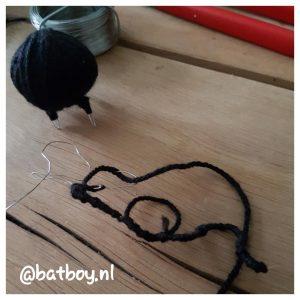 diy, een muis van wol maken, batboy