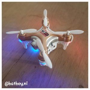 een mini drone, mamablog, batboy