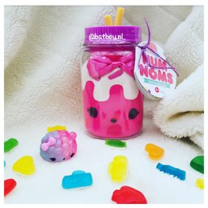 mamablog, batboy, num noms jar, num noms surprise in a jar