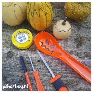 mamablog, batboy, waxinelichtje maken, waxinelichtje maken van kalebassen