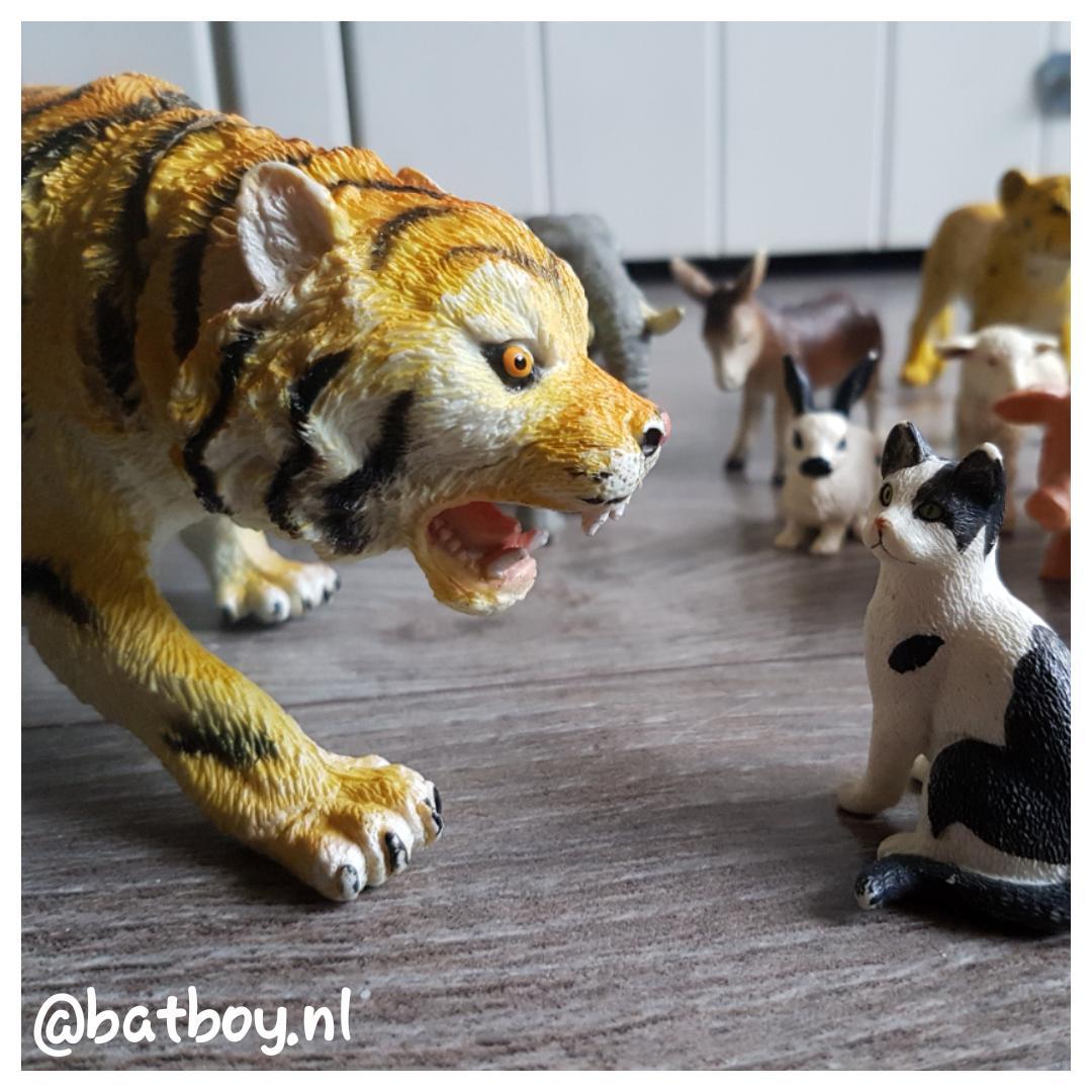 speelgoed dieren, mamablog, batboy