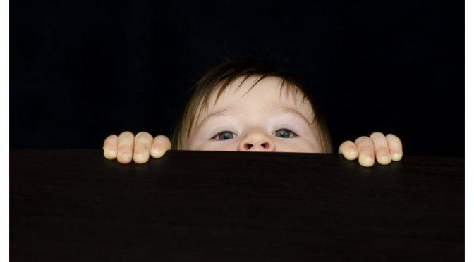 Verstoppertje spelen is niet leuk