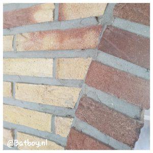 bakstenen muur, bakstenen, mamablog, batboy