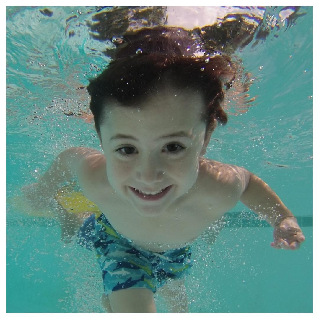 zwemsokken, sweakers, zwembad