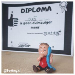 aftelkalender, diploma, duimzuigen
