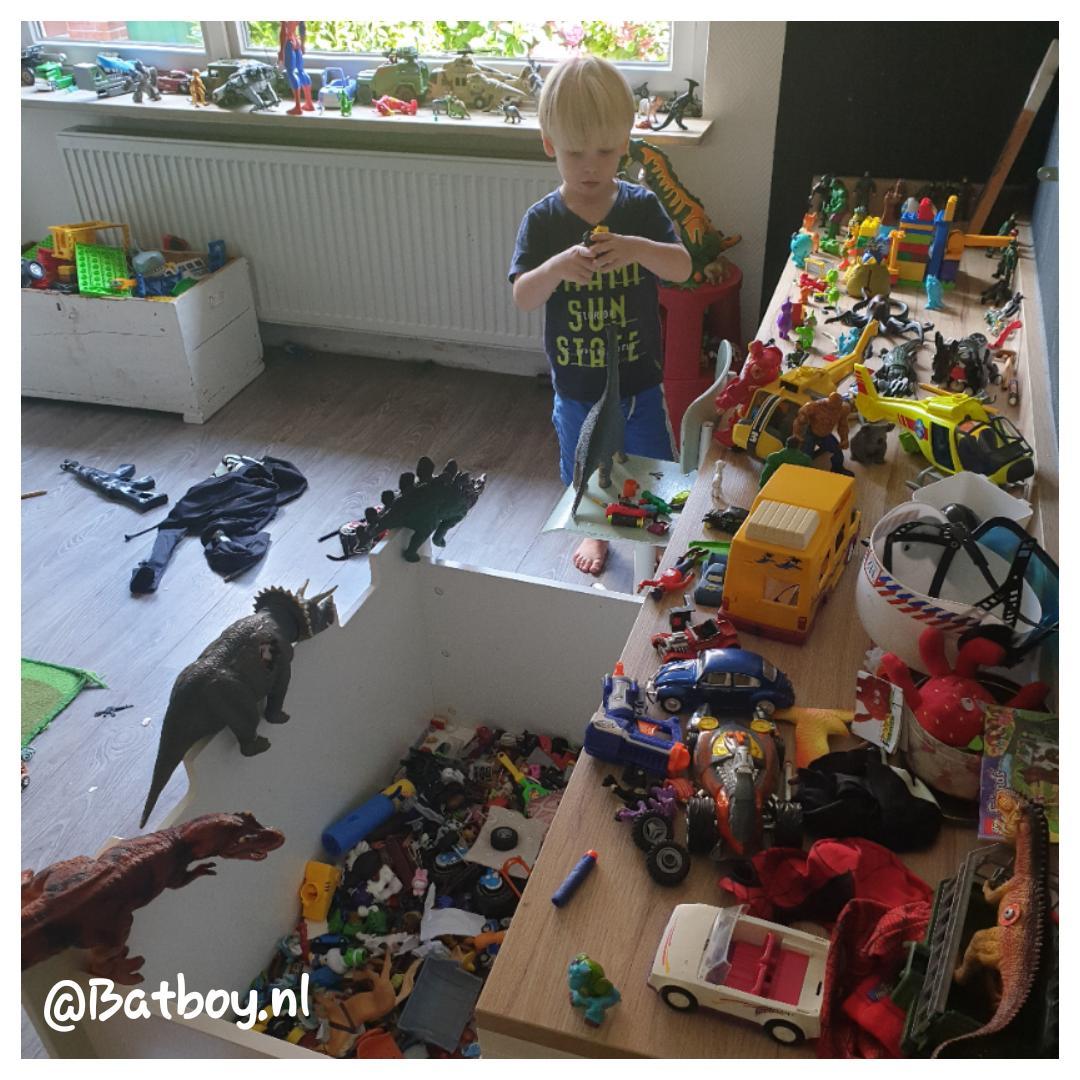 Speelgoed opruimen? Nooit doen met je kind!